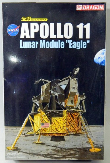 NASA Apollo 11 Plastic Model Kit by Dragon
