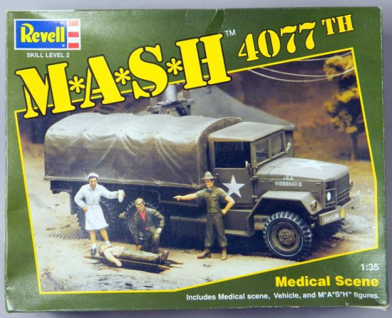 Revell M.A.S.H. 4077th Bell H13-H Helicopter