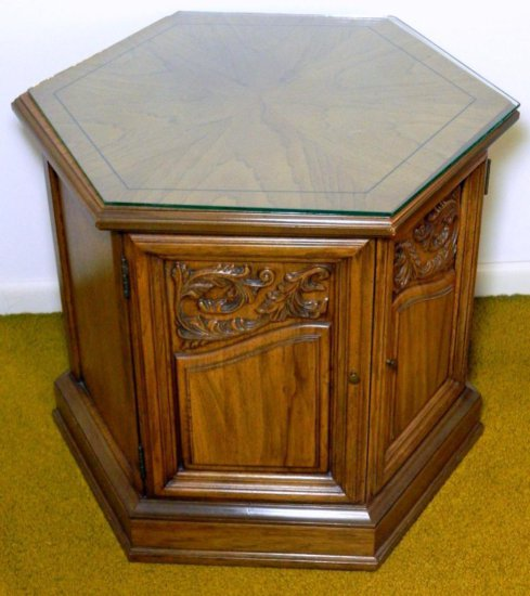 Six-sided End Table with Storage