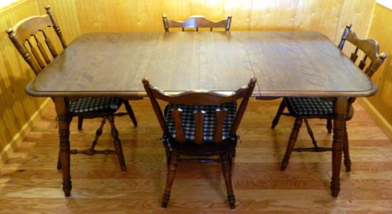 Rockingham Dining Table and Five Chairs