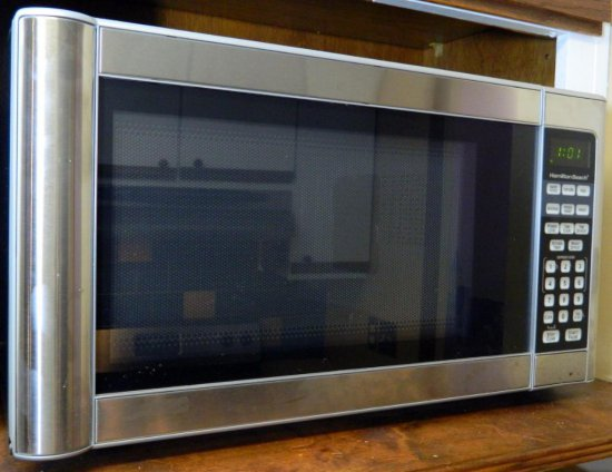Hamilton Beech 1000 Watt Microwave, Stainless