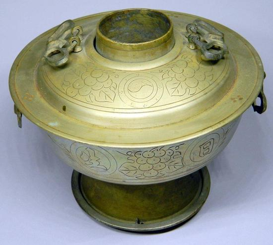 Chinese Decorative Hot Pot