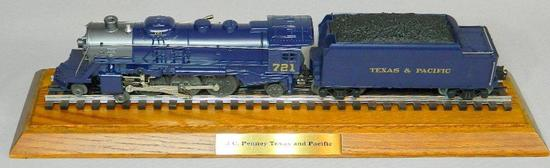 Lionel Train, J.C. Penney Texas and Pacific with Display Case, 1997