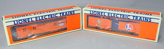 Lionel Electric Trains Bunk Car and Billboard Reefer