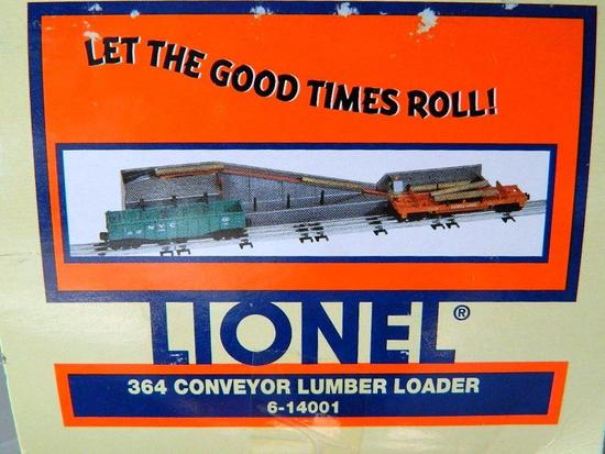 Lionel 364 Conveyor Lumber Loader, NIB