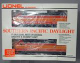 Lionel Southern Pacific Daylight Dual Motor Diesel Engine and Dummy Unit