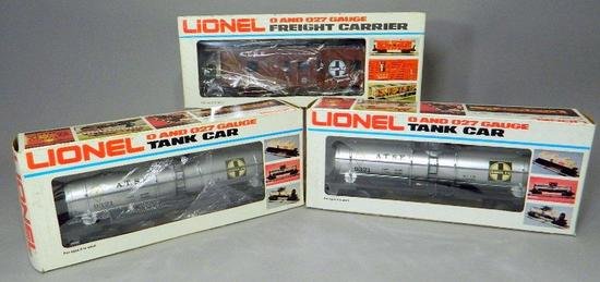 Lionel Famous American Railroad Series Caboose and Single Dome Tank Cars