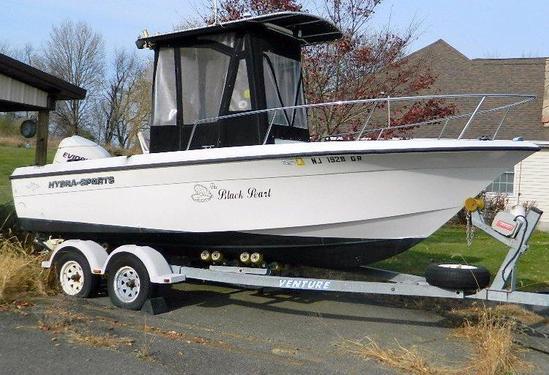 2002 Hydra-Sports 21' Center Console Boat w/ 200 HP Evinrude, and Venture Trailer