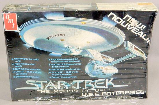 AMT Model Kit: Star Trek U.S.S. Enterprise