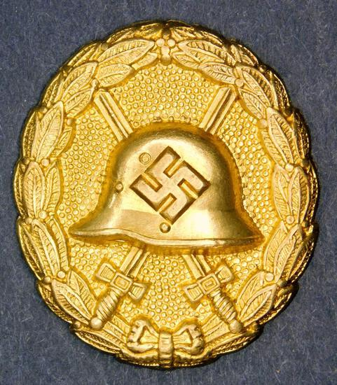 WWII Spanish Condor Legion Gold Wound Badge