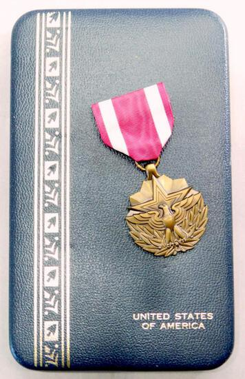 Cased US Viet Nam Era Army Meritorious Service Decoration