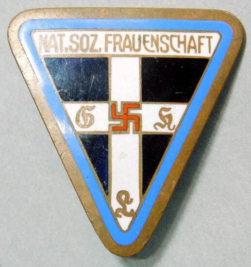 German WW2 Women's 'Nat Soz Frauenschaft' Workers Badge
