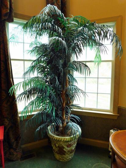 Set of 2 Large Decorative Palm Plants