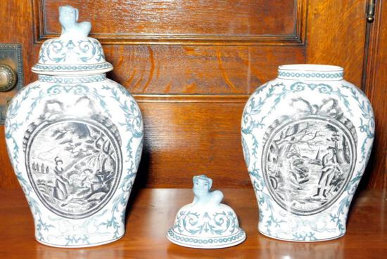 Pair of Chinoiserie Ginger Jars With Foo Dogs Lids