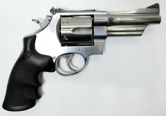 Smith & Wesson Model 625-6 Mountain Gun .45 Colt Caliber Revolver, Stainless