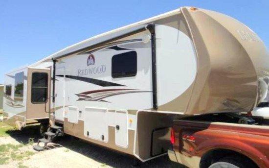 2011 Redwood RV 36RE Fifth Wheel Travel Trailer