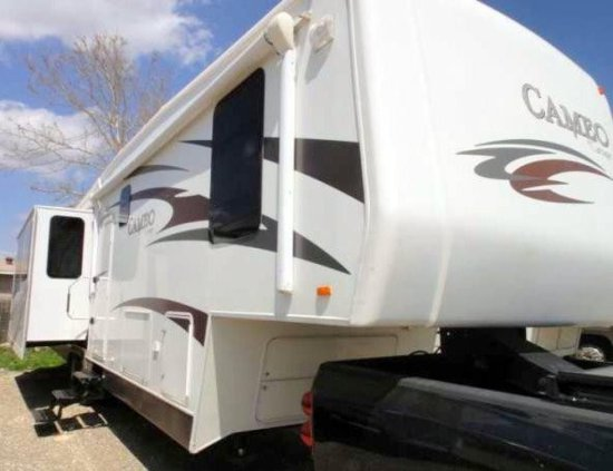 2010 Carriage Cameo 37RE3 Fifth Wheel Travel Trailer