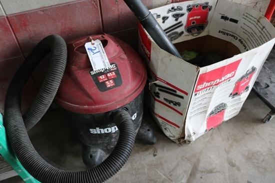 16 Gallon shop vac