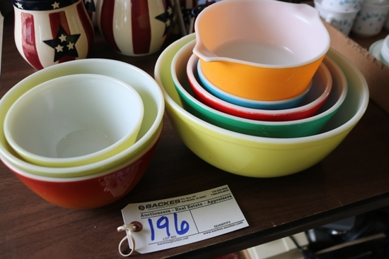 Pyrex bowls to go