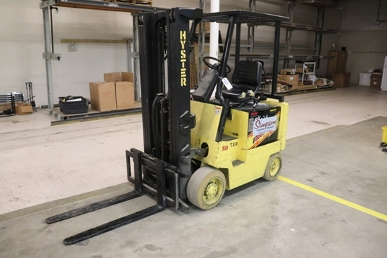 Hyster E50XL-27 electric fork truck - currently charged but there will be n