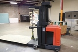 Toyota 7BPUE15 electric 3000 lb. fork truck with charger - excellent condition - 983 hours - 2014 -