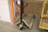 Crown pallet jack - AS IS - broken wheel