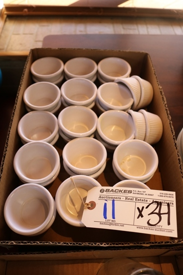 Times 34 - White plastic 2 ox. Souffle cups