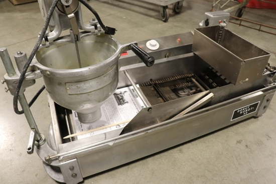 """Donut Robot model 42 with batter drop – 3"""" drop – 1 phase"""