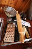 Box of knifes, scrapper, steel, kitchen small wares