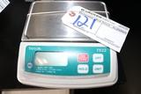 Taylor TE22 digital scale