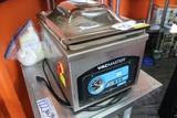 Vac Master VP215 counter top vacuum packer - 115 volts