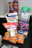 All to go - Food - Ramen noodles, croutons, onions, spaghetti, & more