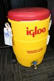 Igloo 5 gallon water cooler/dispenser