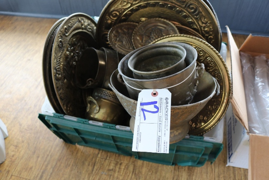 Box of metal wall décor, plates, & bowls
