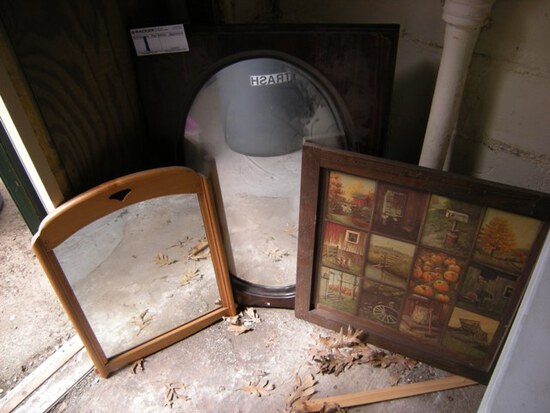 All to go- 2 mirrors, 1 picture