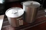 Times 2 - aluminum stock pots