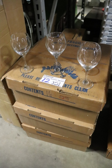 Times 51 - Bubble wine glasses