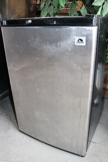 Igloo Stainless Steel  Dorm Refrigerator
