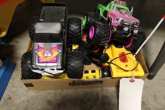 Box flat+ - powered monster trucks semis, small tonka toys