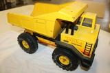 Tonka dump truck - some rust showing in bucket