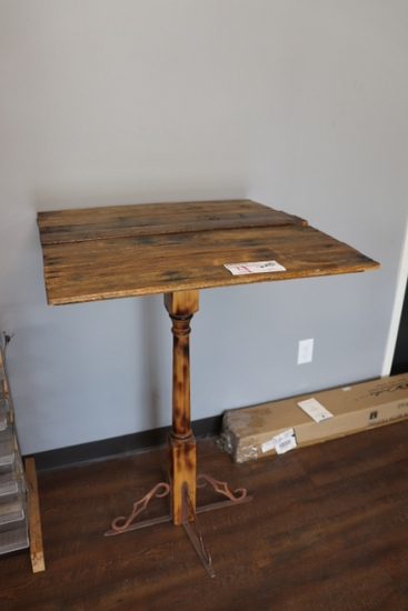 "30"" x 30"" stand up bar table"