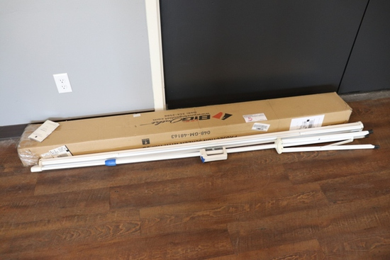 "72"" projection screen with tripod"