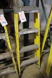 Keller 4' fiberglass ladder