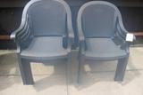 Times 7 - Groslillex plastic patio chairs