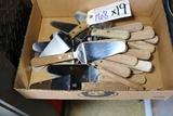 Times 19 - Wood handled pizza spatulas