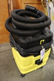 Karcher carpet extractor with hoses - no wand