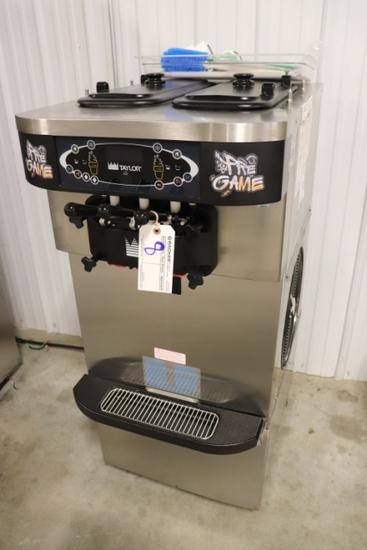 2019 Taylor Crown C723-27 - M9011771 - twist soft serve machine - 1 phase -