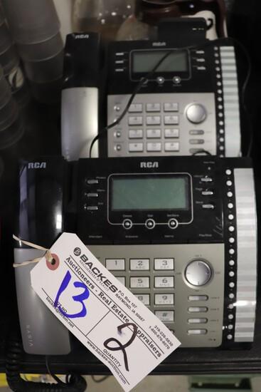 Pair of RCA 25425RE1 desk phones