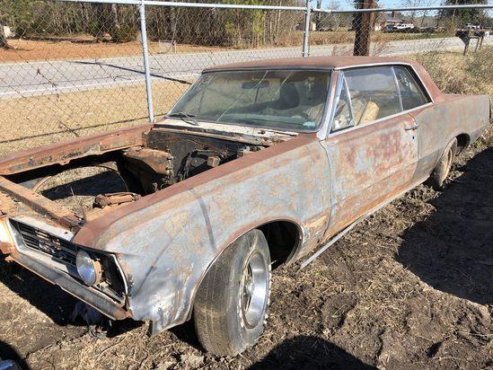 1964  Pontiac  GTO  Color:  Rust