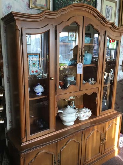 Liquidation of Huge Antique Collection